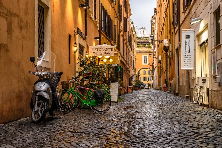 Рим: Не Колизеемединым